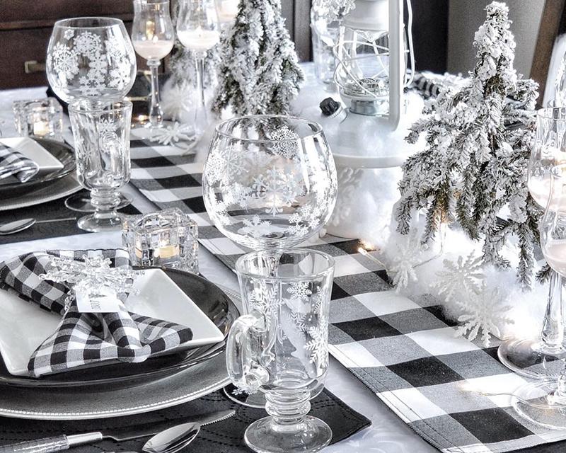 Winter-Snowflake-Table.jpg