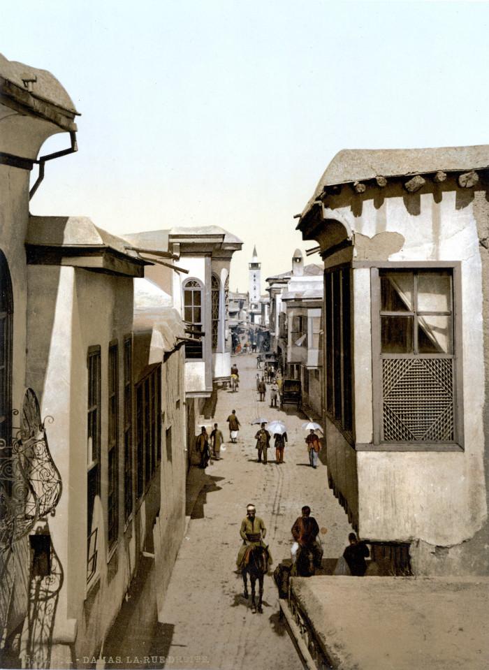 pryamaya_ulica_damask_1900.jpg