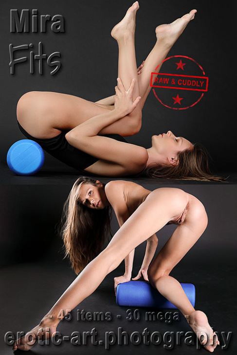 Mira - Fits - 3500px - 45 pictures (18 Mar, 2019)